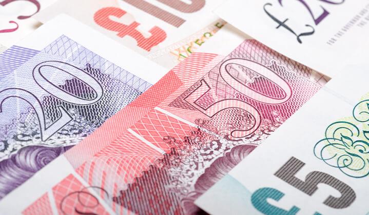 Varios tipos diferentes de monedas disponibles para el cambio de divisas