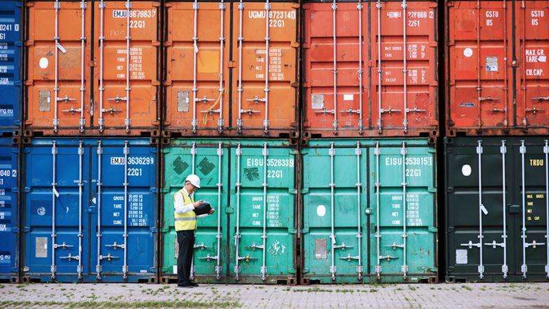 Los inconvenientes en la cadena de suministro podrían afectar a la temporada de compras navideñas